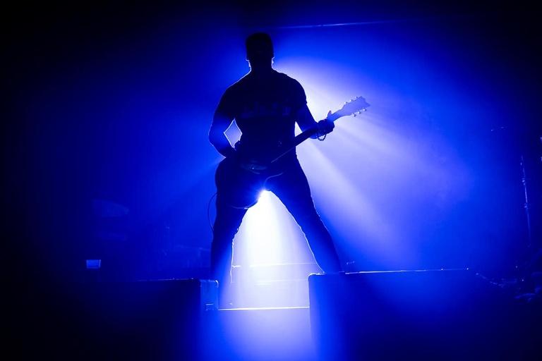 photo de guitariste en concert-photographe événementiel Dordogne 24
